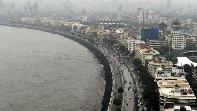 Coastal roads, like this one in Andheri, reduce traffic congestion in the Island City